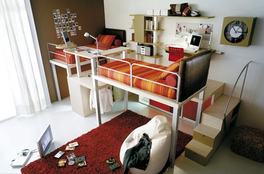 tiramolla-orangeredloftroom