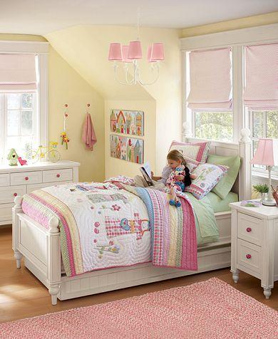 Betsy's Doll Bedroom